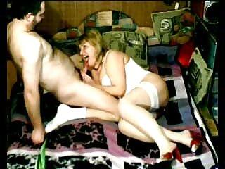 Hermosa erótica con una tierna morena en video gay en español la ducha