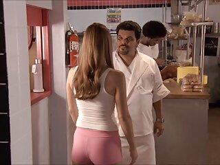 Suave parejas españolas haciendo el amor y bellamente tiene una chica en la vagina