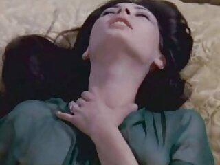 Asuka Kyono tiene xnx castellano un vibrador en el culo
