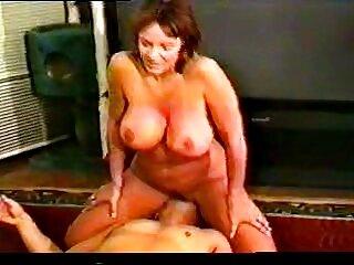 Nina Kayy tiene free xxx español semen en su coño rosa