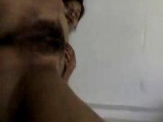 Rubia caliente chupa en amater casero español cámara