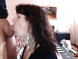 Novia femenina videos de maduras españolas con jovenes masturbándose una polla