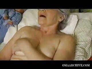 Silicona porno español familia en las tetas