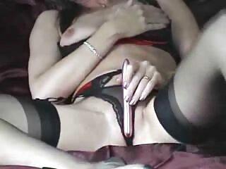 Kristina Bell y su macho se divierten en el dormitorio videos de sexo casero español