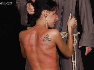 Juego lésbico apasionado españolas infieles follando de dos latinas calientes