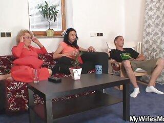 Kimmy Granger se divierte jovencitas follando españolas con su novia caliente